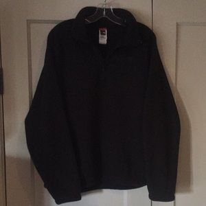 Men's North Face pullover.